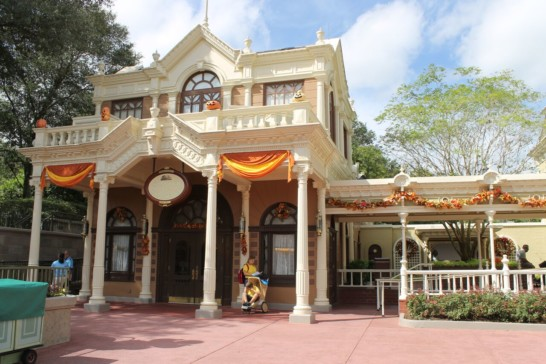 Chamber Of Commerce In Magic Kingdom
